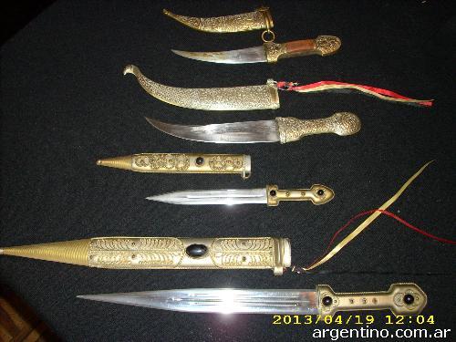 vendo colecci n de cuchillos en balvanera tel fono